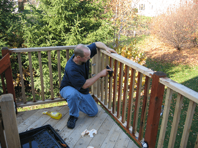 wooden deck staining and sealing in minneapolis
