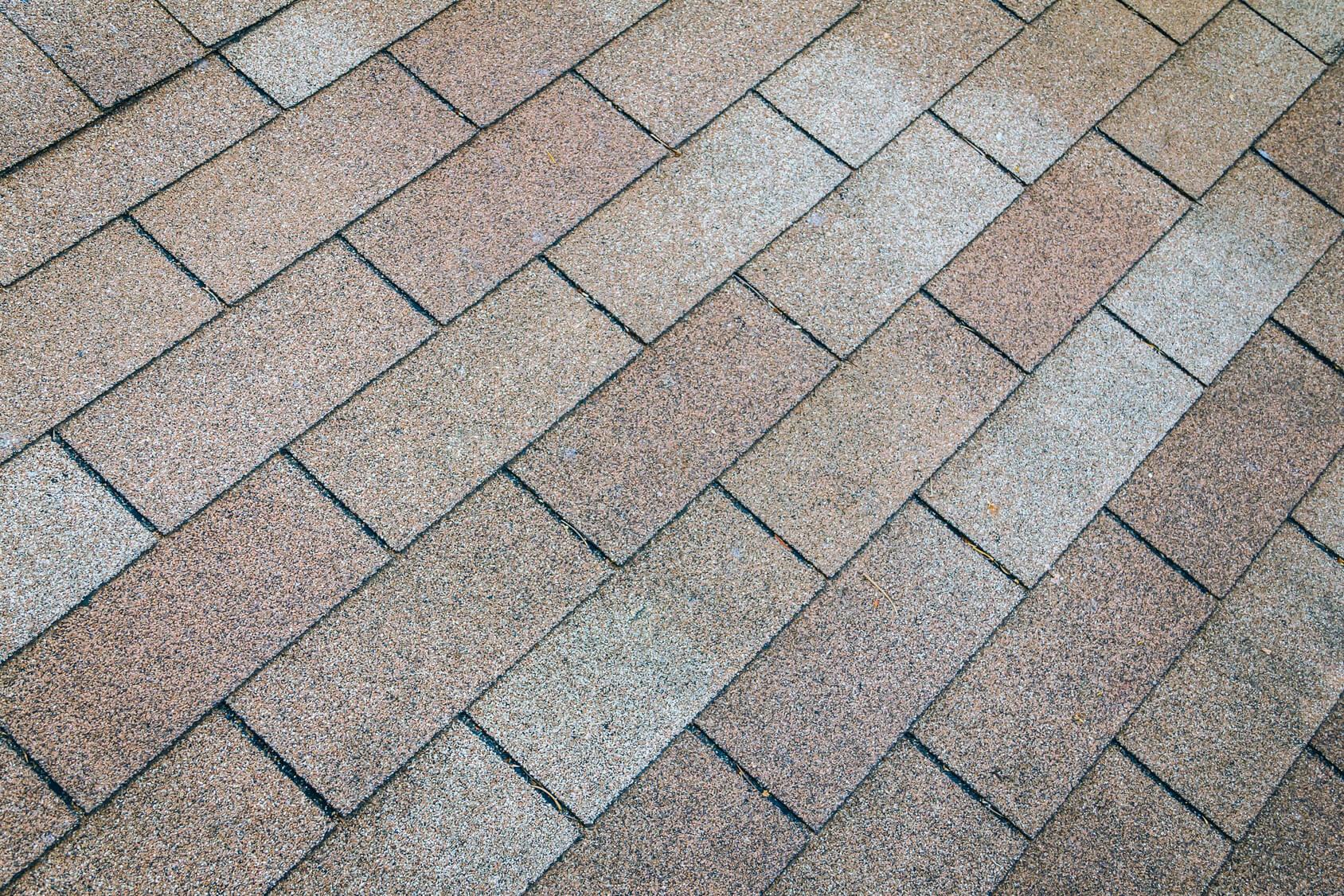 asphalt roof power washing in minneapolis