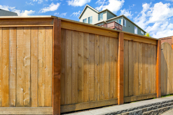 wooden fence and gate restoration in minneapolis