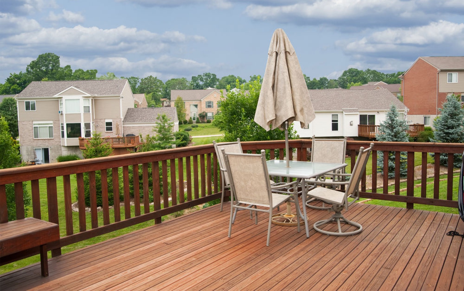 wooden deck power washing in the twin cities