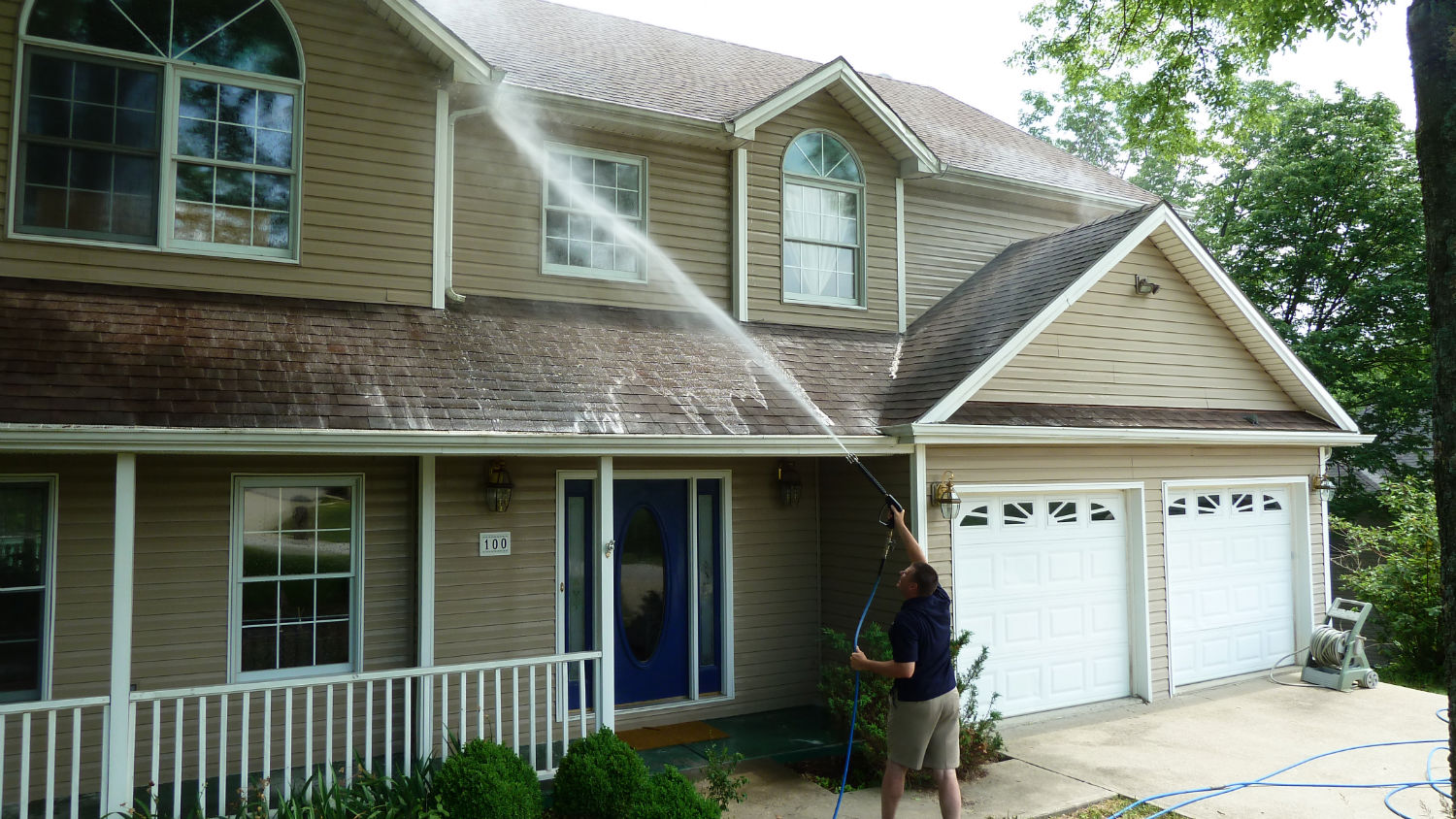 minneapolis home exterior cleaning