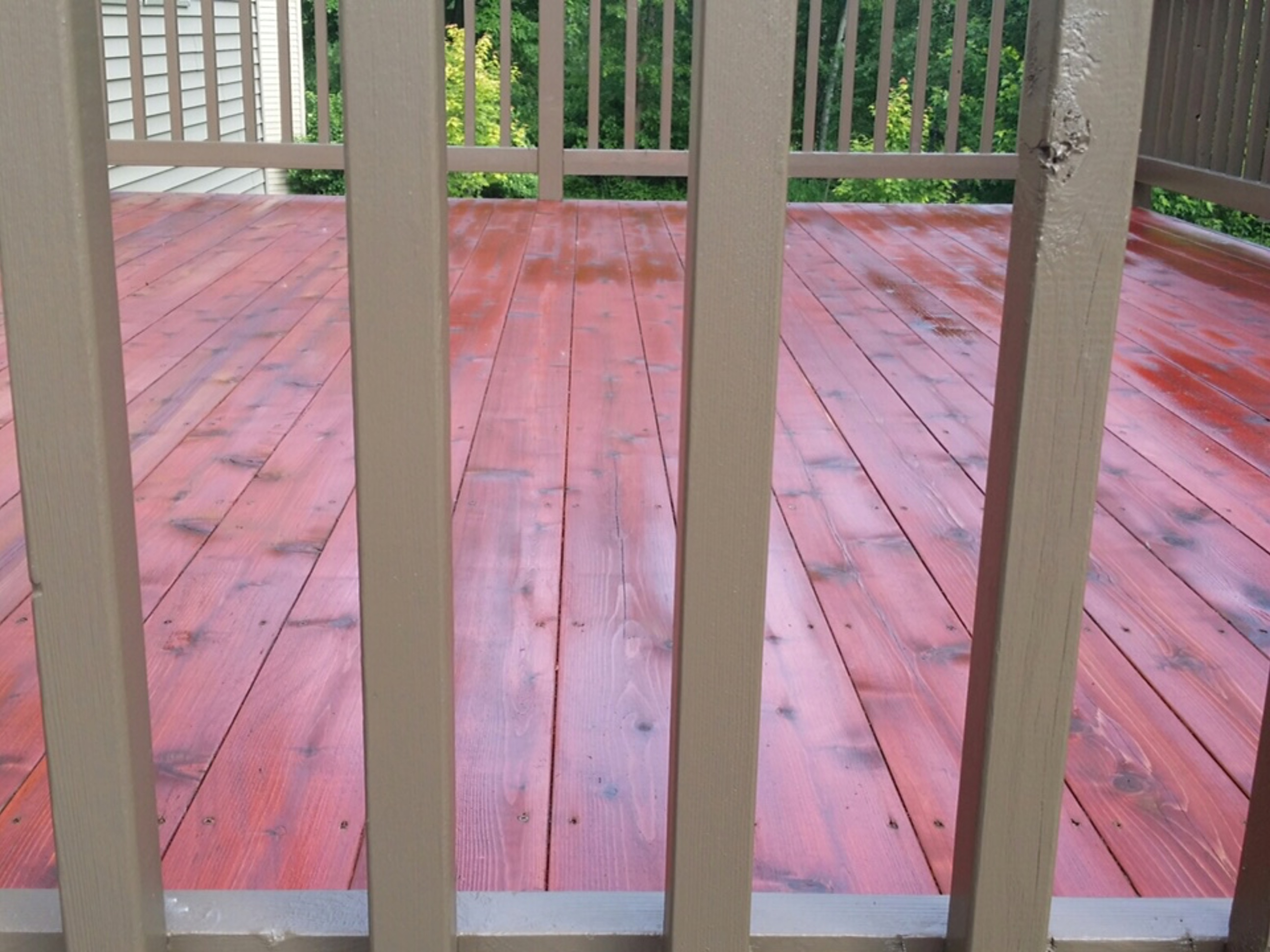 deck cleaning and staining in minneapolis